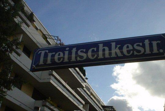 Treitschkestraße in Moosach