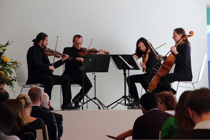 4-tag-streichquartett-orchester-jakobsplatz-muenchen