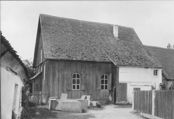 Die Scheunensynagoge in Bechhofen: von Außen ein unscheinbares Gebäude, Foto/Repro: nurinst-archiv