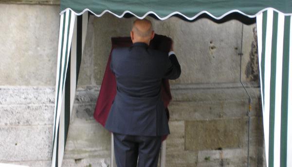 OB Hans Schaidinger enthüllt Gedenktafel in Regensburg