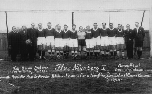Mannschaft und Funktionäre des ITUS Nürnberg (ca. 1936/37).