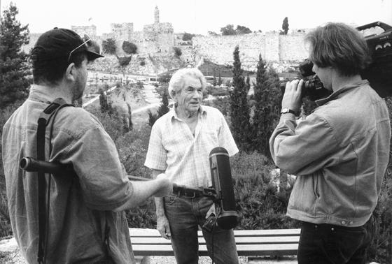 Interview mit Werner Braun vor der Stadtmauer von Jerusalem