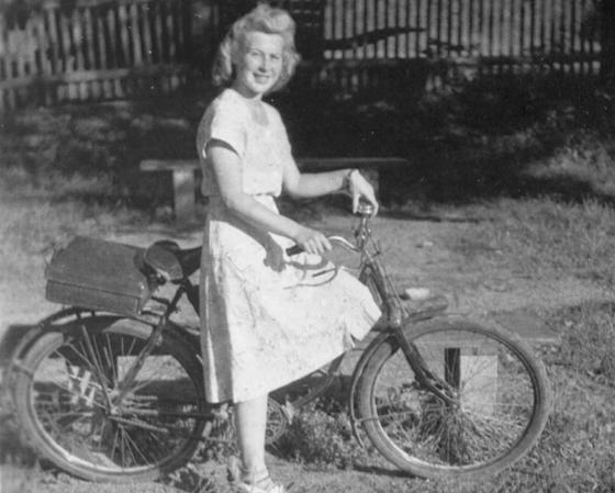 Hertha Gosser als Jugendliche (ca. um 1940),  Repro: © jgt/nurinst-archiv