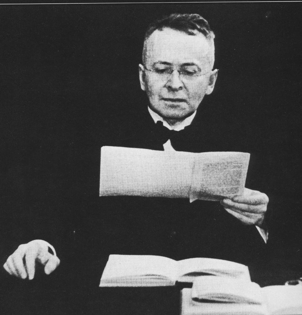 Karl Kraus liest. Filmfoto von 1934, Q.u.