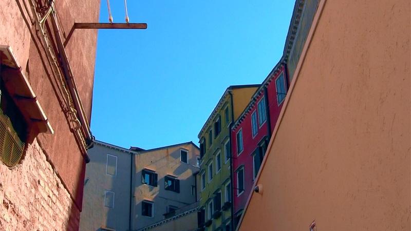 """Bild aus: Luigi Viola, """"Der Himmel über dem Ghetto"""""""