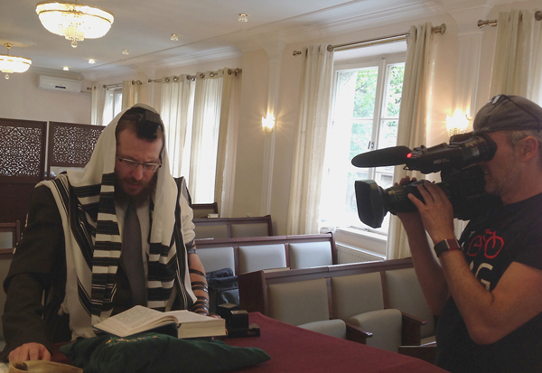 Rabbiner Eliezer Chitrik und MWF-Kameramann Winfried Schuhmann,Foto: Jim G. Tobias