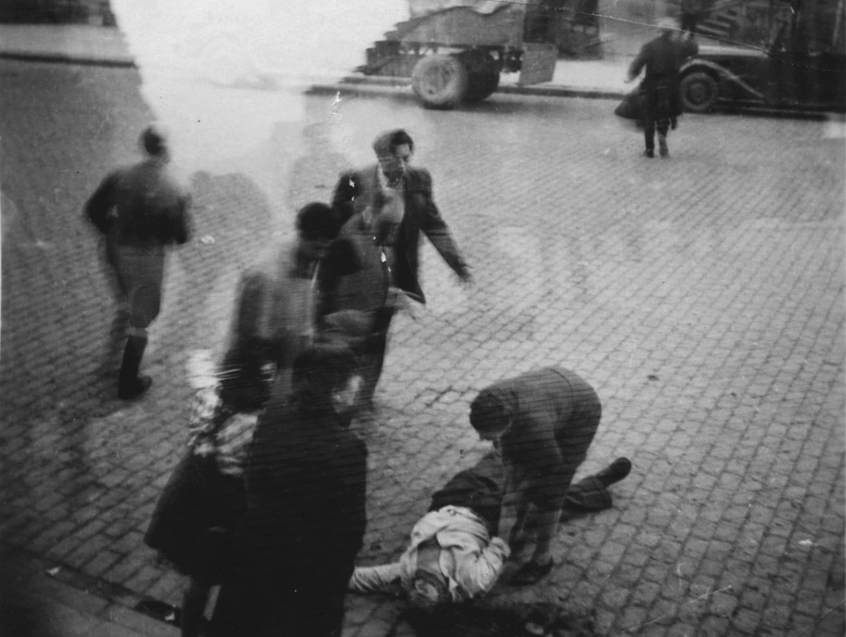 Am Tatort in der Reinsburgstraße: Der tote Samuel Danziger, Foto: Yad Vashem