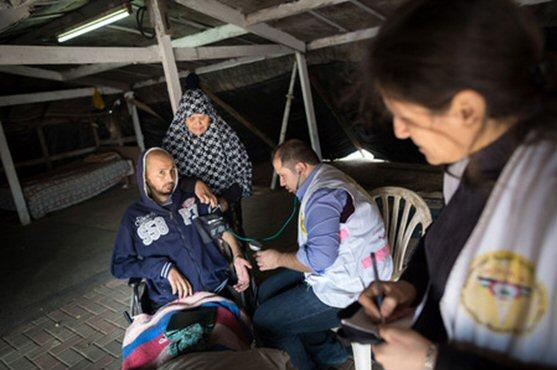 Die ÄrztInnen der mobilen Kliniken versorgen PatientInnen auch in abgelegenen Dörfern der Westbank kostenfrei. (Foto:Gordon Welters)