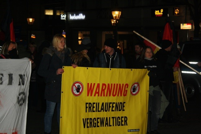 Teilnehmer/innen der AfD-Demonstration am 18.2.2016 in Siegburg © ibs