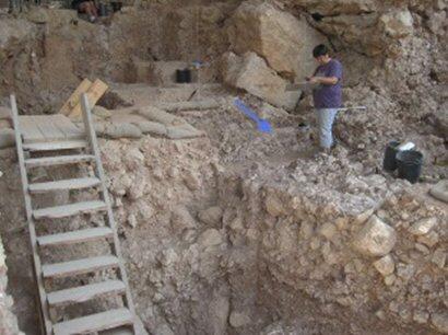Die Ausgrabungsstätte in der Qesem-Höhle.